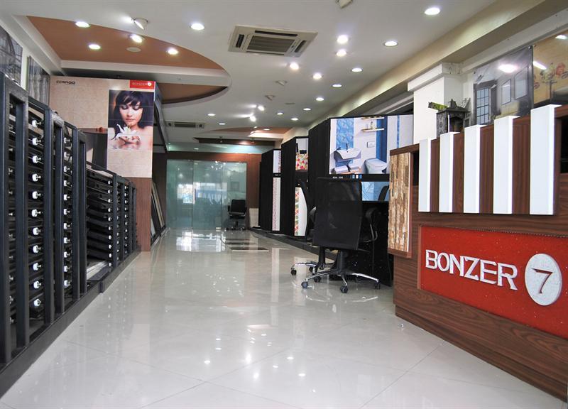 Bonzer7 (S. G. Highway, Ahmedabad)